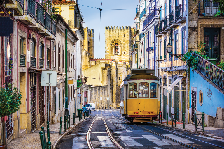 Portugal: A Retail Snapshot 2 Consulting | Portugal | Retail